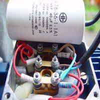 Расчет рабочей и пусковой емкости для конденсаторного двигателя
